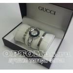 Женские часы Gucci в фирменной коробке